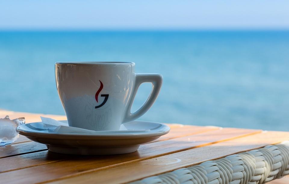 Espresso auf Santorini
