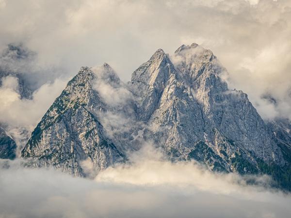 a Berg hoit