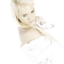 ...extrem blond...