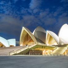 ...Sydney-opera...