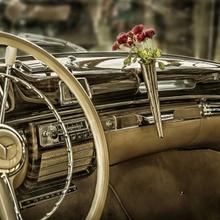 Blumenvasen gab's nicht nur im VW-Käfer