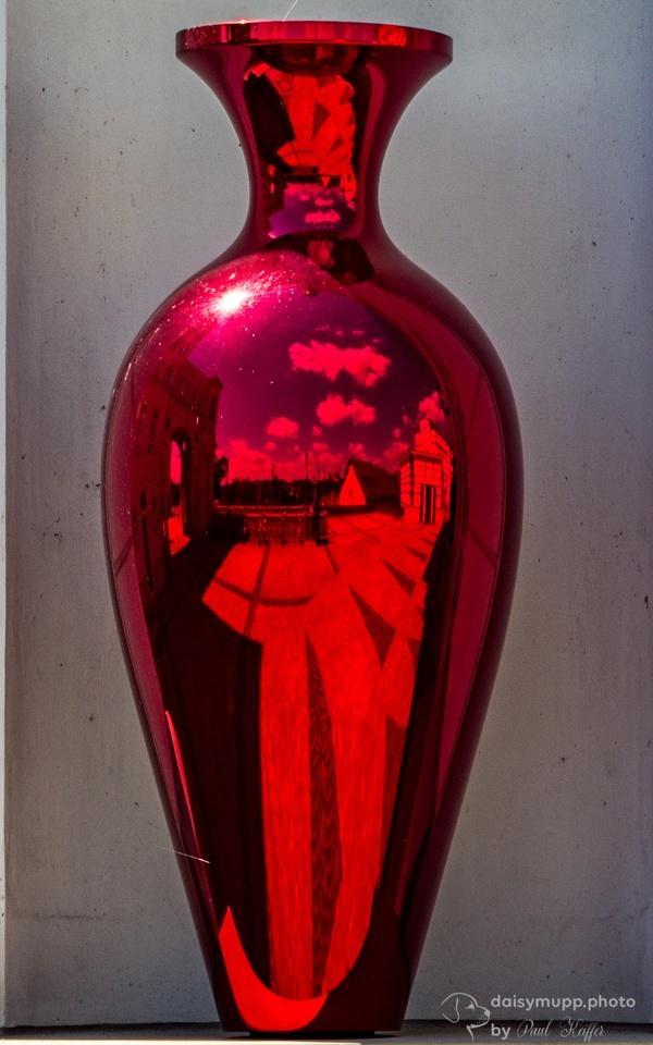 Rote Vase
