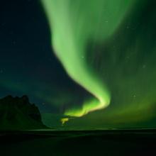 Polarlicht auf Stokksnes, Island