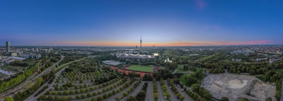 Tageserwachen über dem Olympiapark