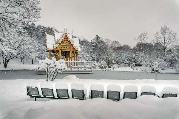 Schneeverwehung im Westpark