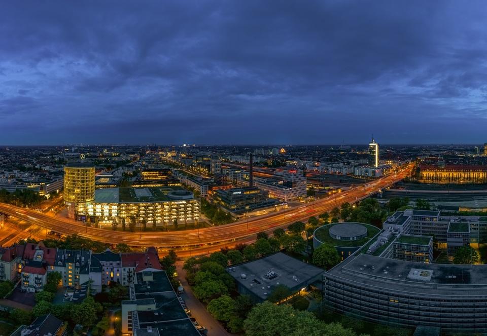 Blaue Stunde über München