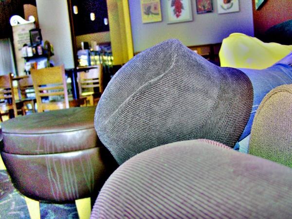 Starbucks mit Hut
