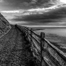Path at the sea