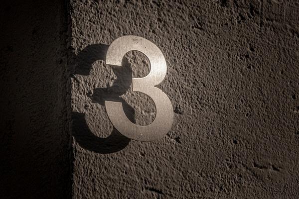 3 und 3