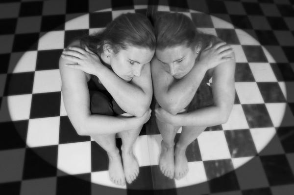 Spiegelschwestern