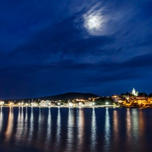 Mond über Kroatien