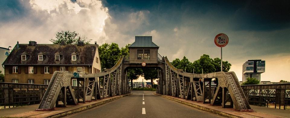 Drehbrücke in Köln